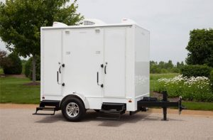 small restroom trailer